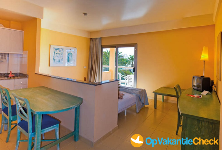 Aparthotel sbh costa calma beach resort aanbiedingen for Aparthotel bretagne