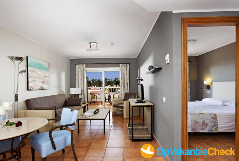 Aparthotel sol barbacan aanbiedingen op vakantie naar for Aparthotel bretagne