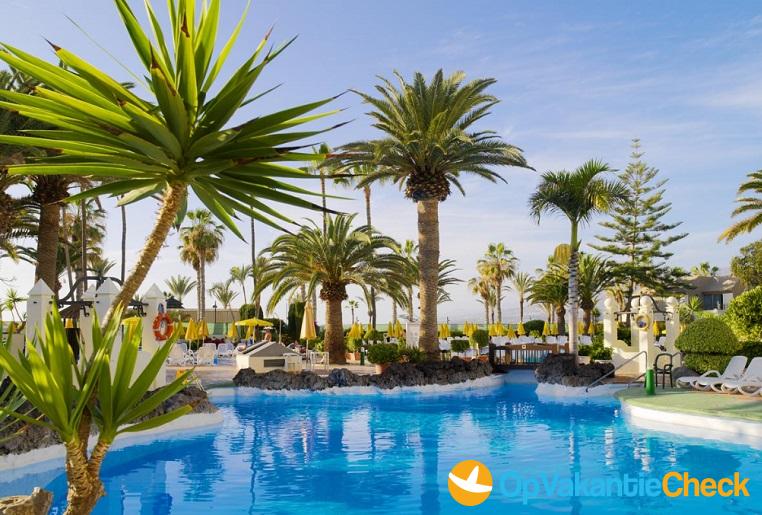 Hotel h10 las palmeras aanbiedingen op vakantie naar for Botanische tuin tenerife