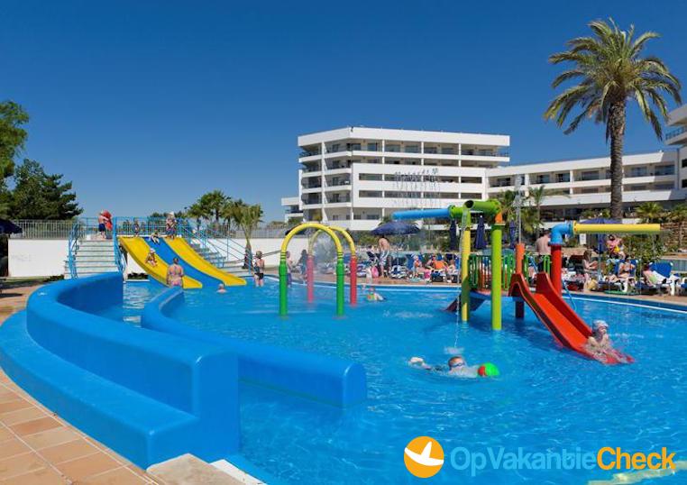 Aparthotel alfagar 2 aanbiedingen op vakantie naar de for Portugal appart hotel