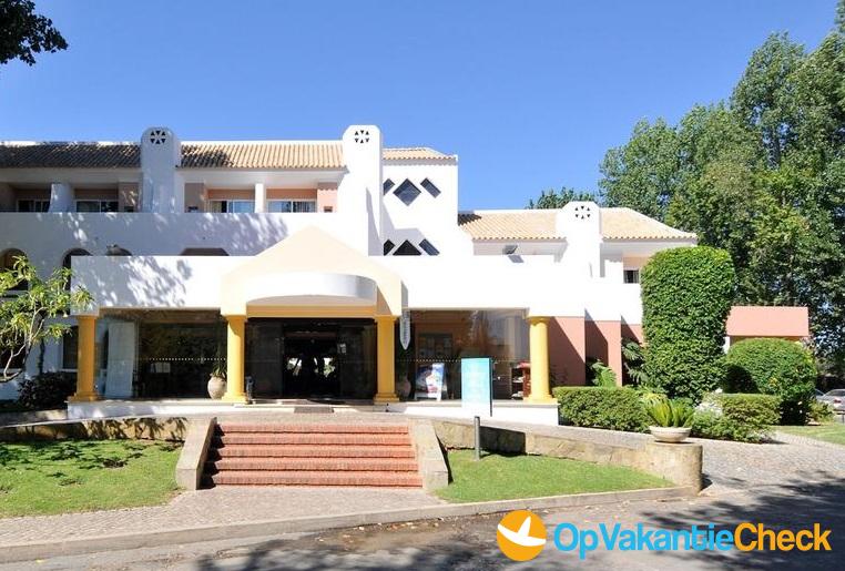 Aparthotel golden club cabanas aanbiedingen op for Portugal appart hotel