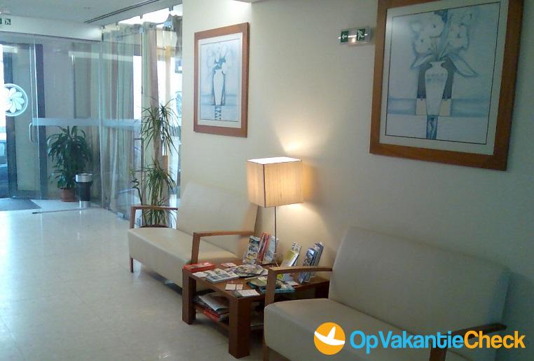 Hotel albergaria matriz aanbiedingen op vakantie naar ponta delgada sao miguel azoren - Centrale eiland prijzen ...