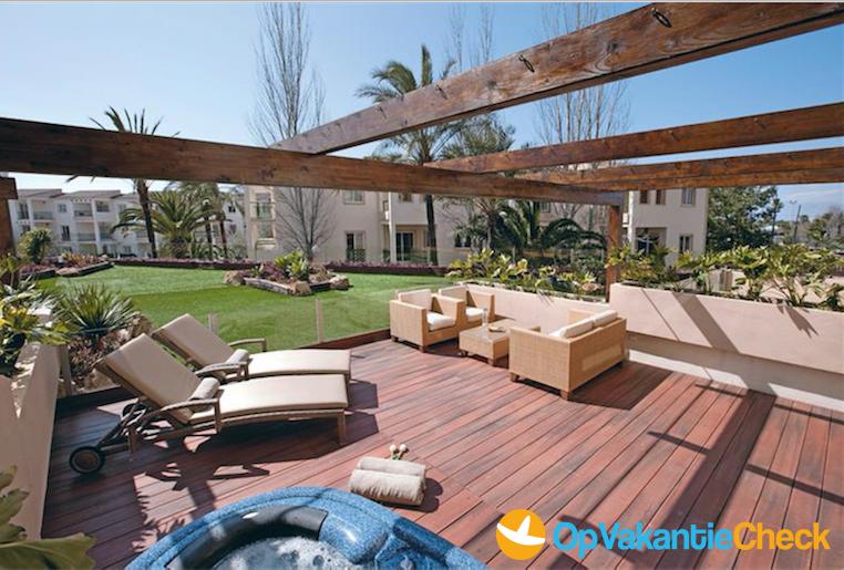 Aparthotel viva tropic aanbiedingen op vakantie naar for Aparthotel bretagne