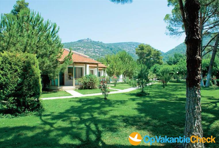 Hotel kustur club holiday aanbiedingen op vakantie for Botanische tuin tenerife